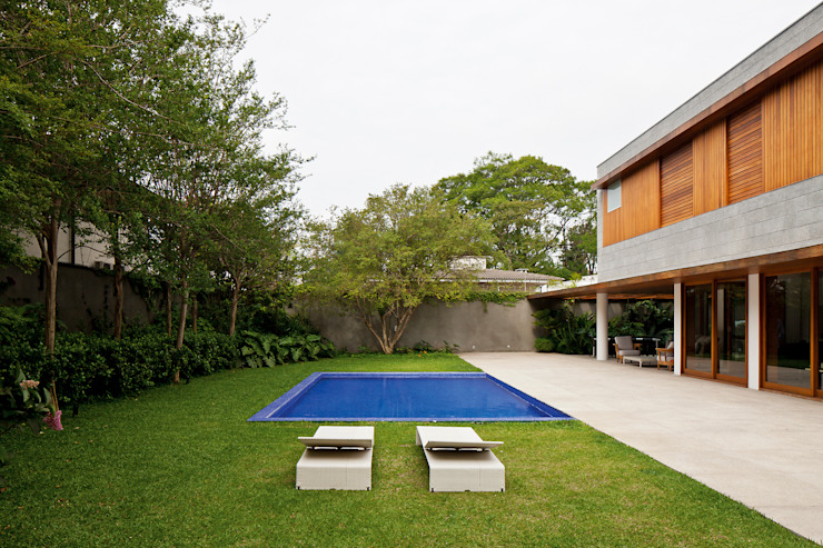 Pool by Pascali Semerdjian Arquitetos