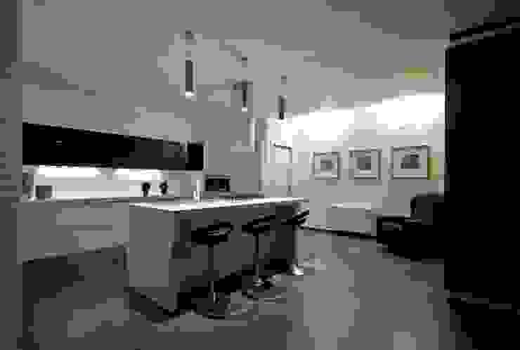 Casa L Laboratorio di Progettazione Claudio Criscione Design Cucina moderna