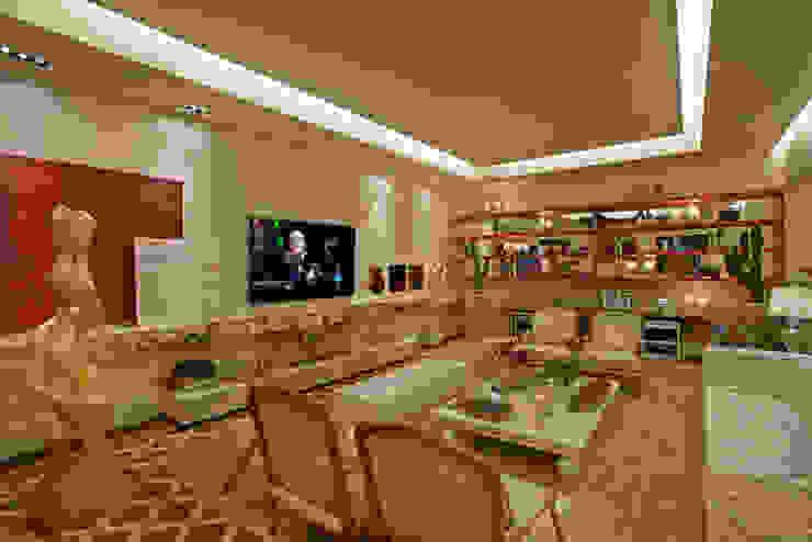 Guardini Stancati Arquitetura e Design Salones de estilo clásico