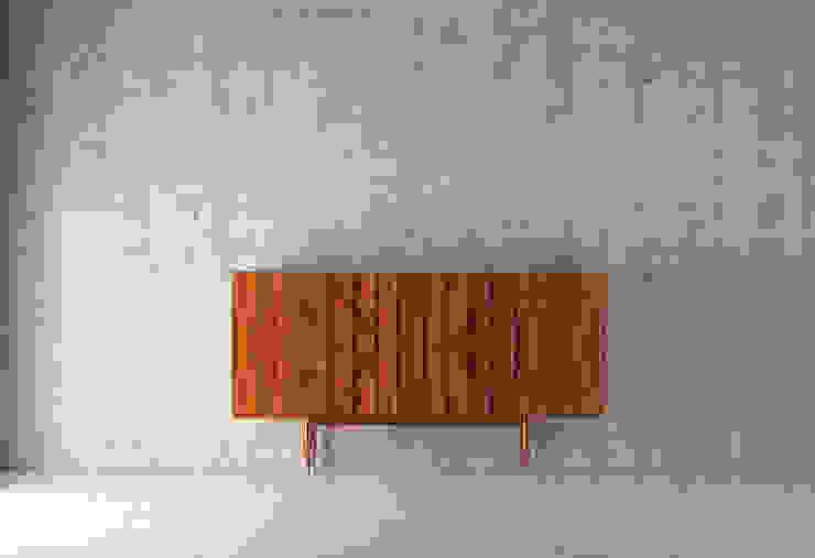 Harpa:  Living room by Homara,