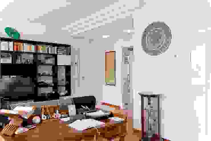 Casas modernas de Albini Architettura Moderno