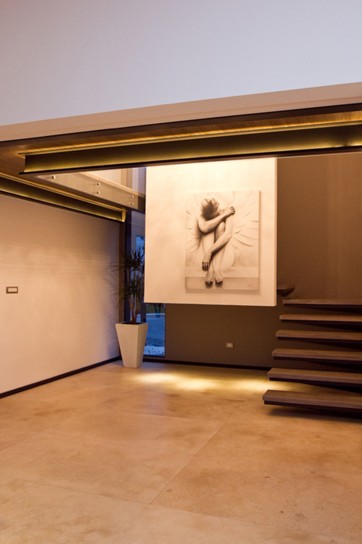 Block-Mexico Minimalist corridor, hallway & stairs