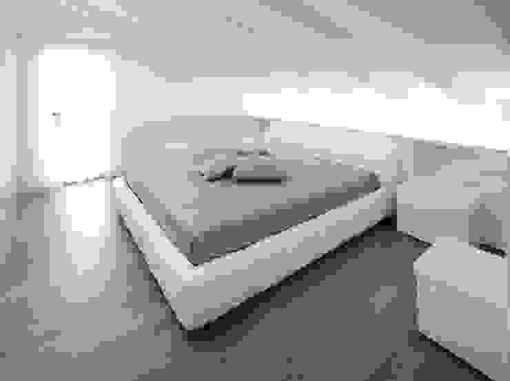 Bedroom by Alessandro Corona Piu Architetto