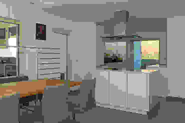 Modern Kitchen by Herzog-Architektur Modern