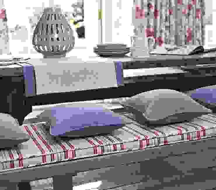 Comedores de estilo  por Prestigious Textiles, Moderno