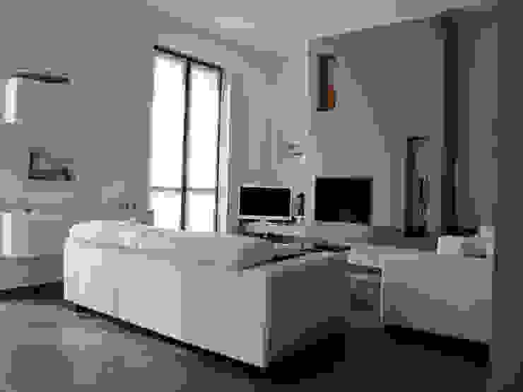 Villa Meina Soggiorno moderno di Matteo Verdoia Architetto Moderno