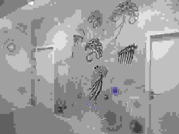 Paredes y pisos de estilo ecléctico de Sophie Briand, designer Ecléctico