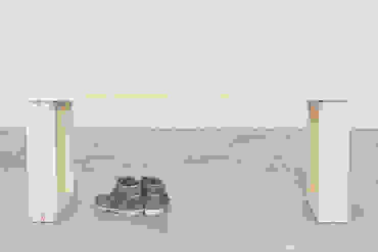 Panca Incastro di Design for Craft and Industry Minimalista