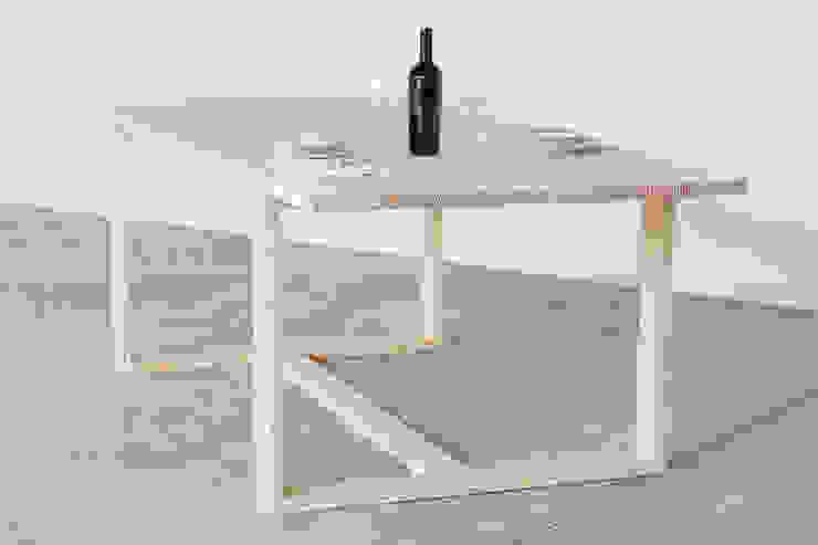 Tavolo Incastro di Design for Craft and Industry Minimalista