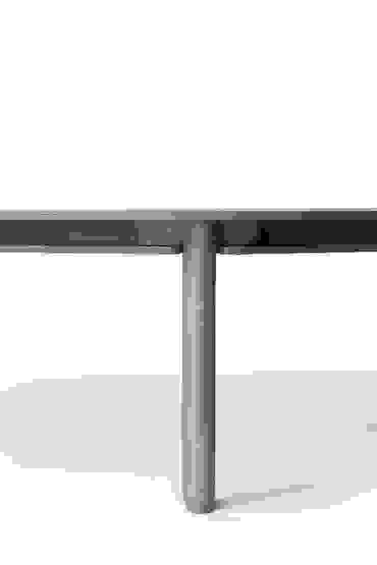 strat tables par Normal Studio Moderne