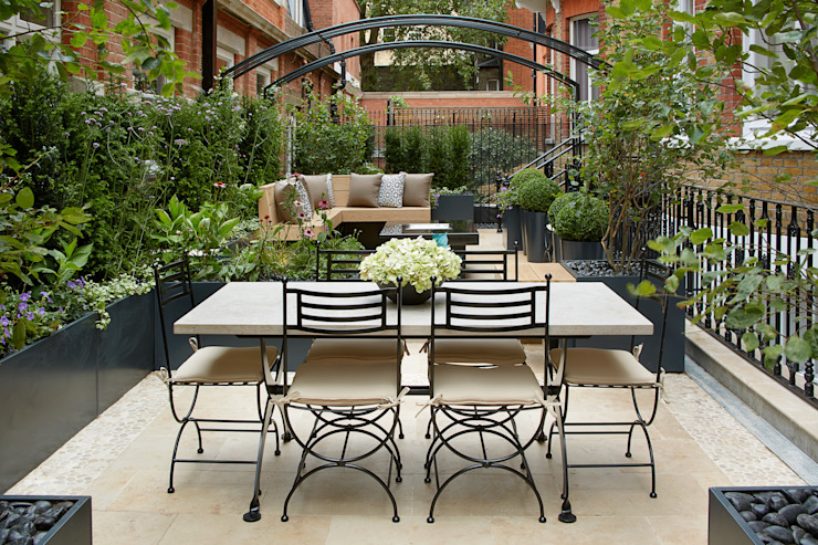 Knightsbridge Roof Terrace - Aralia Garden Design モダンな商業空間 の Aralia モダン 鉄/鋼