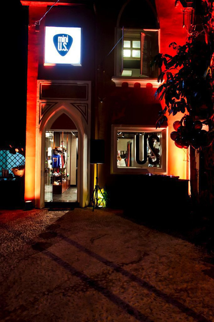 Mini Us Lojas & Imóveis comerciais modernos por Karina Afonso Arquitetura & Interiores Moderno