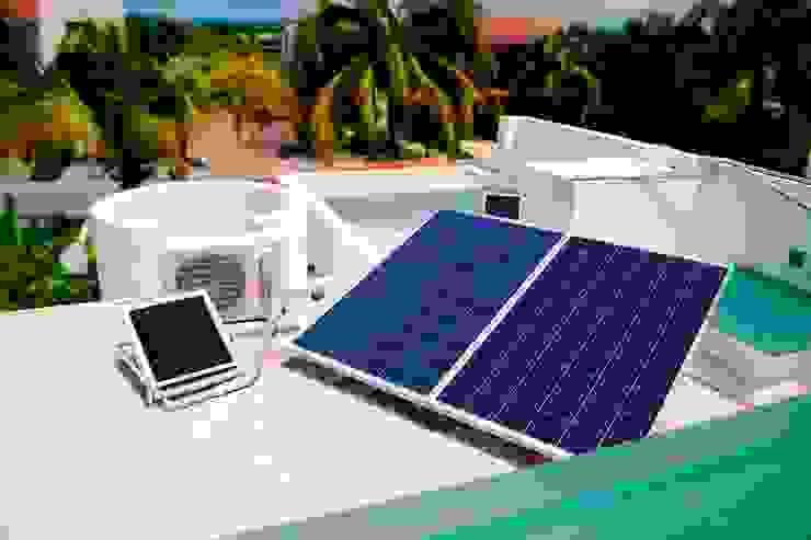 paneles solares fotovoltaicos Casas estilo moderno: ideas, arquitectura e imágenes de Excelencia en Diseño Moderno