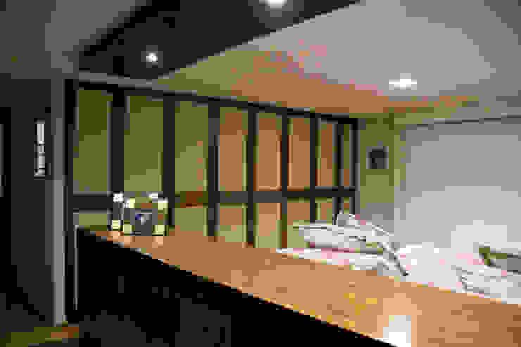 P.H. Bosque de Tejocotes. Dormitorios modernos de REM Arquitectos Moderno