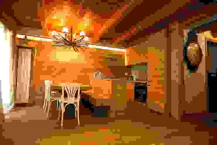 casa in montagna Cucina in stile rustico di studio di architettura e design seregno Rustico
