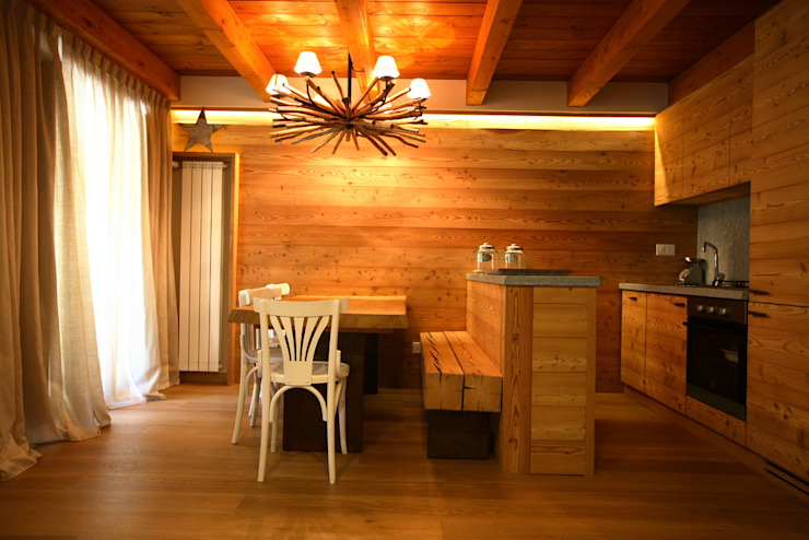 Rustykalna kuchnia od studio di architettura e design seregno Rustykalny