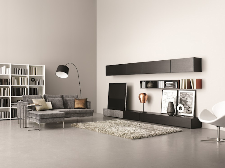 Living room by BoConcept Germany GmbH, Modern