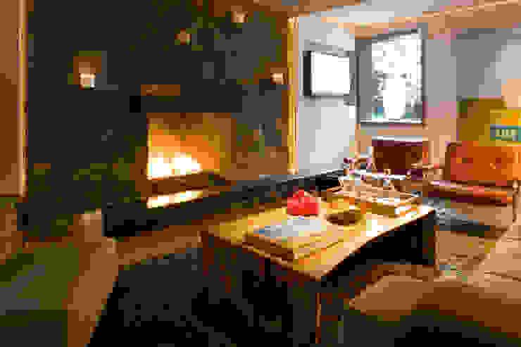 Wohnzimmer von ELEMENTO 3 DISEÑO SA DE CV,