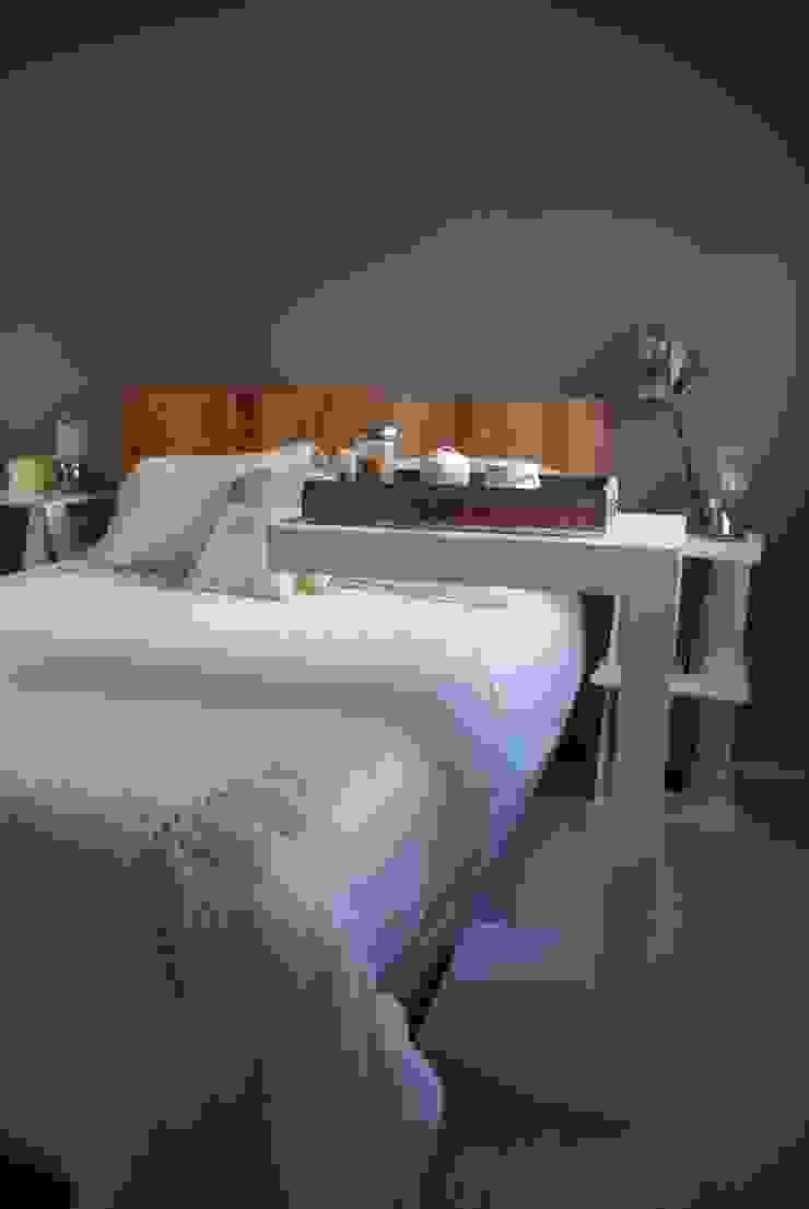 Mesa cama de Muebles muc. Moderno