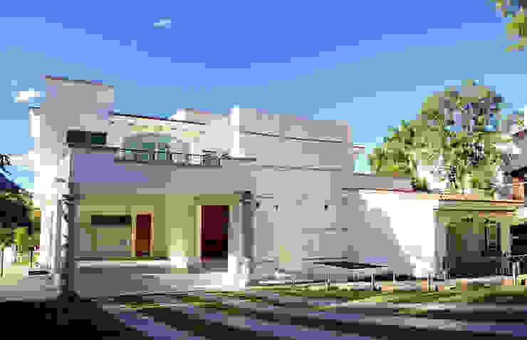 Casa Colomos Casas clásicas de Excelencia en Diseño Clásico