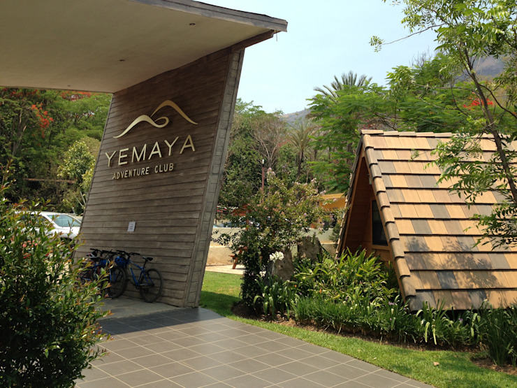Yemaya Adventure Club Dormitorios modernos de Arki3d Moderno