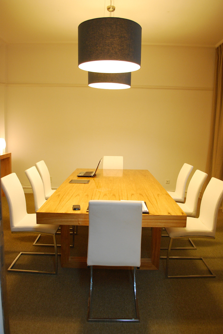Mesa de reunion de Muebles muc. Moderno