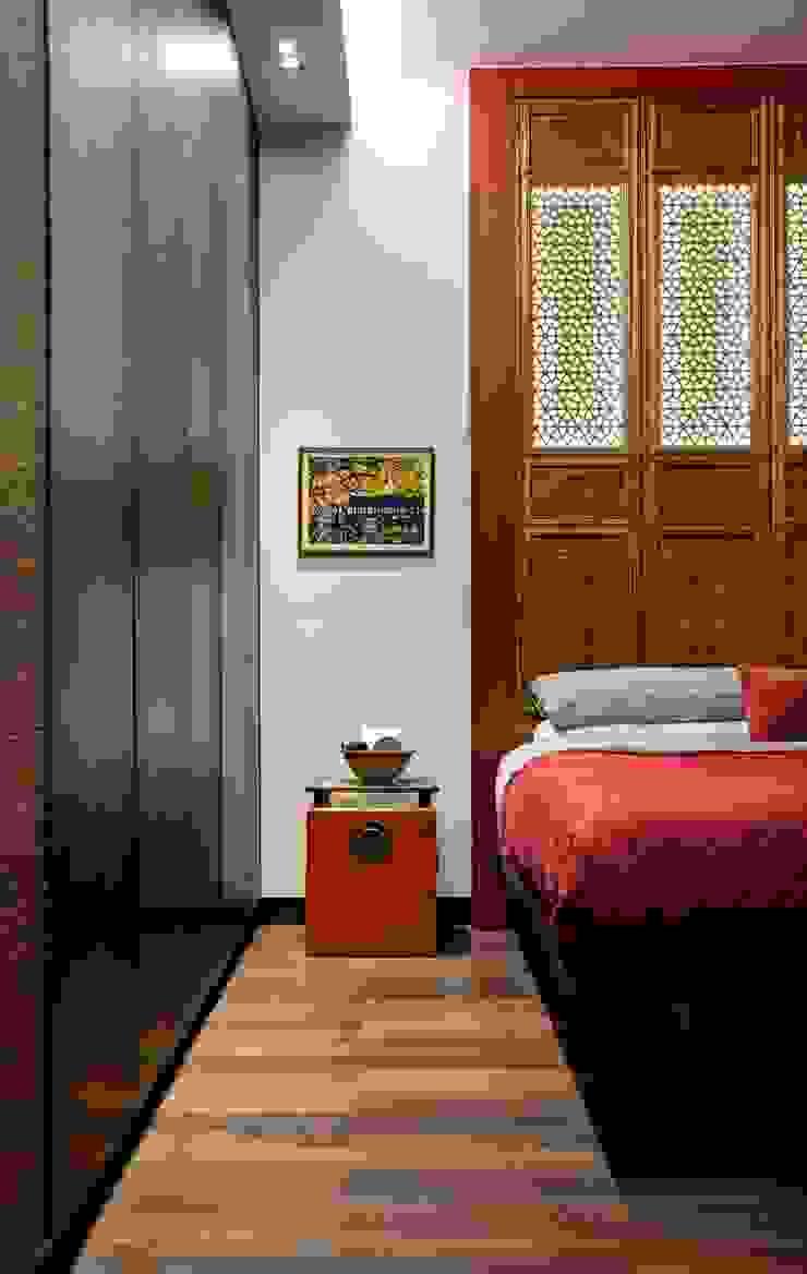oriental vintage Bedroom by ample design co ltd