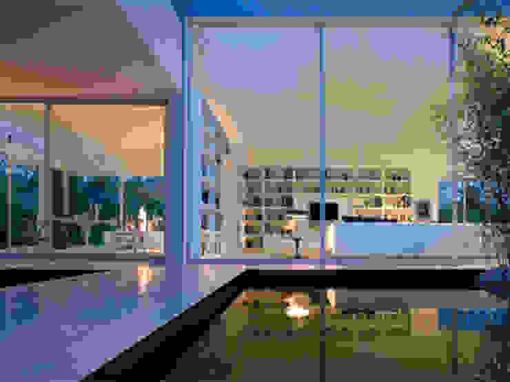 Abitazione privata di lo scalzo moscheri Moderno
