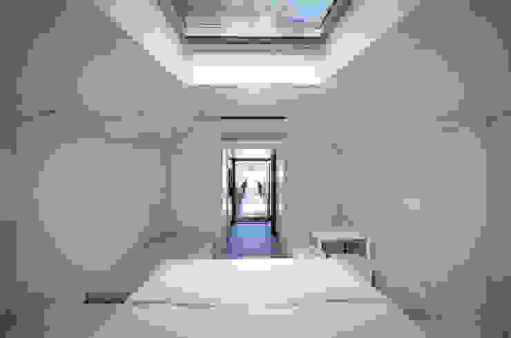 Hotéis minimalistas por RA\\ Rebelo de Andrade Minimalista
