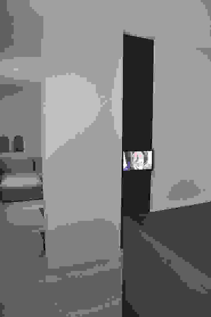 casa ELE Soggiorno moderno di PAOLO CAPRIGLIONE ARCHITETTO Moderno