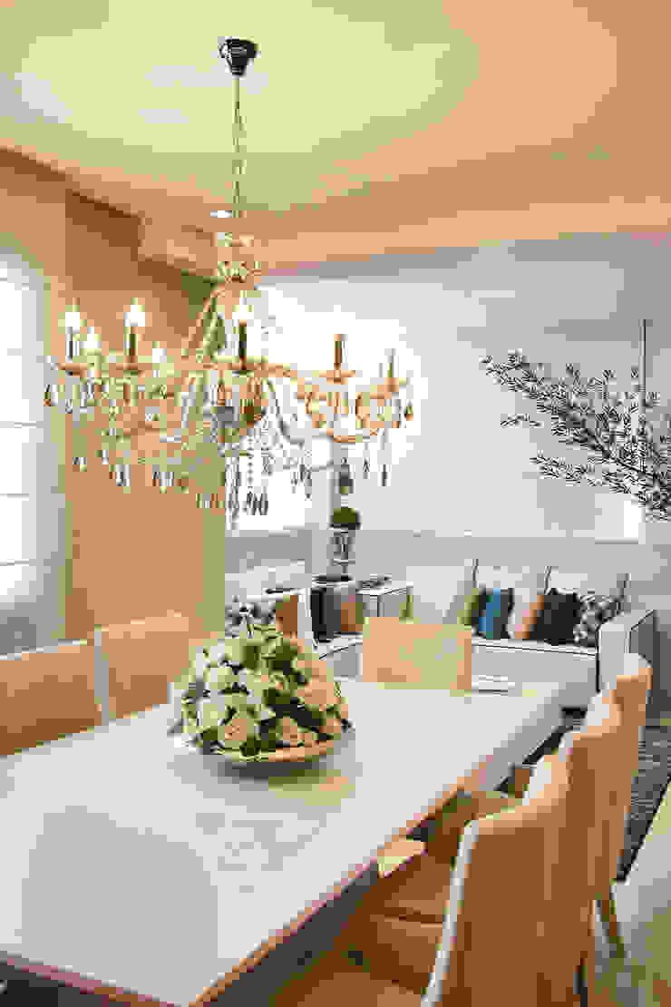 Jantar Salas de jantar clássicas por AL11 ARQUITETURA Clássico