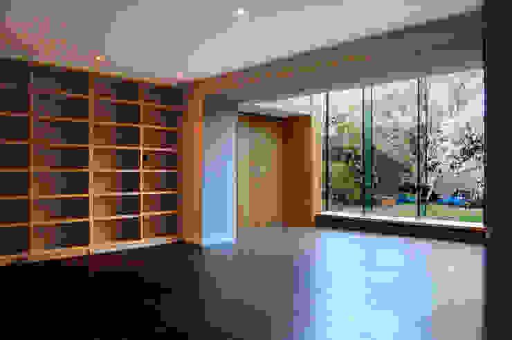 Alexandra Park, Redland Modern living room by Emmett Russell Architects Modern