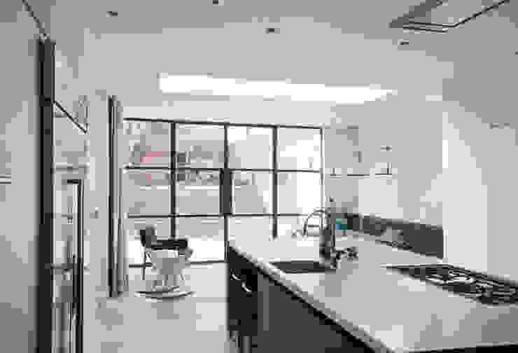 Mortimer Road, De Beauvoir Kitchen by Emmett Russell Architects