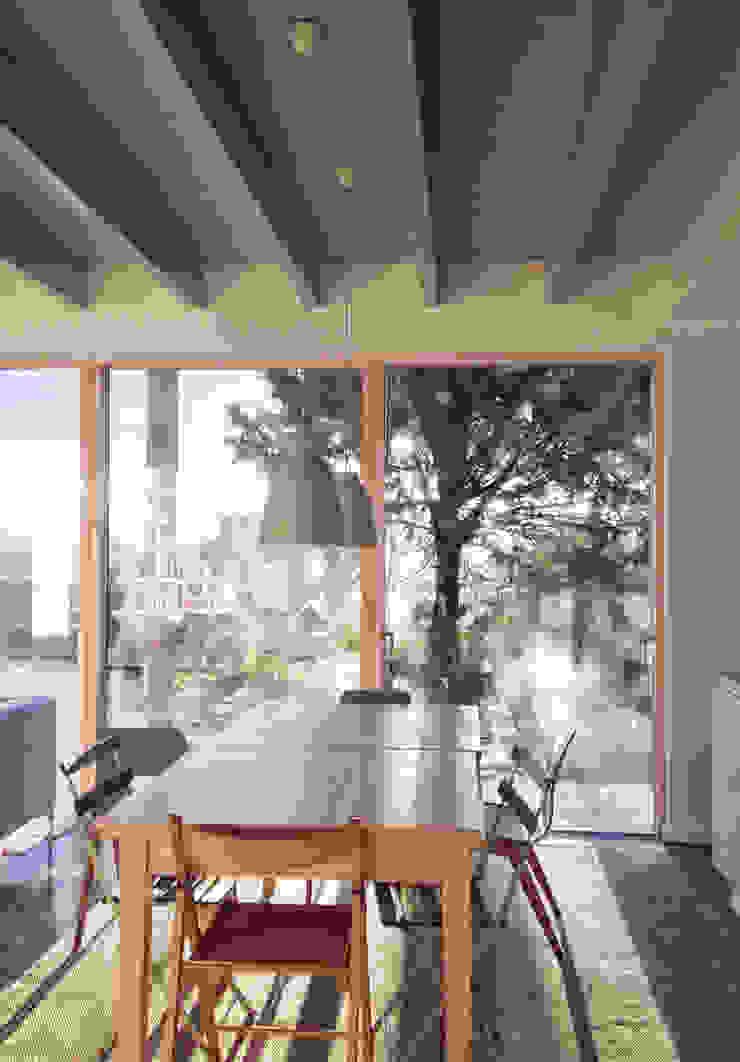 Rose House, Kingsdown Modern dining room by Emmett Russell Architects Modern