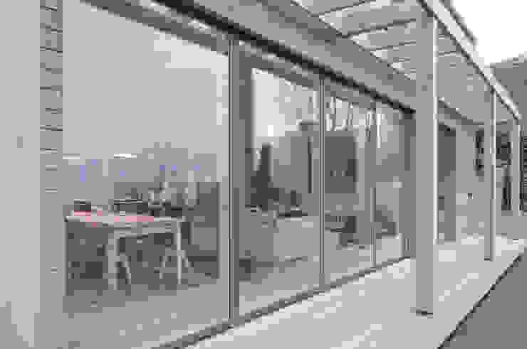Rose House, Kingsdown Modern balcony, veranda & terrace by Emmett Russell Architects Modern