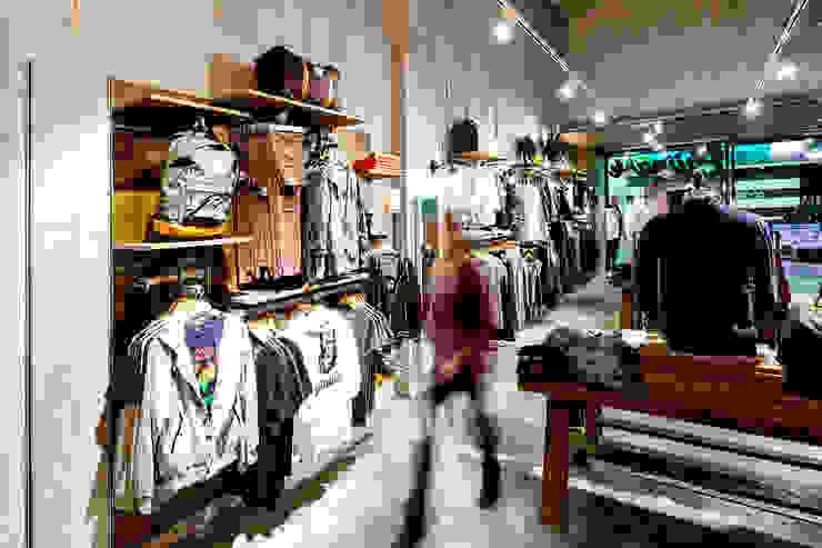 PHILPARK BADALONA Oficinas y tiendas de Piedra Papel Tijera Interiorismo