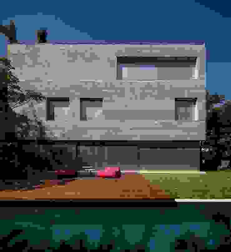 Casas modernas de Studio MK27 Moderno