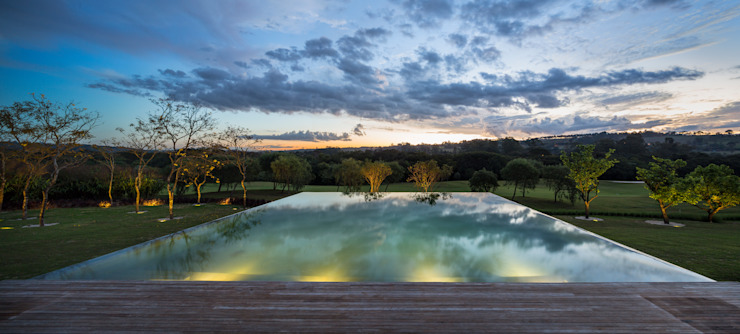 Moderne Pools von Studio MK27 Modern