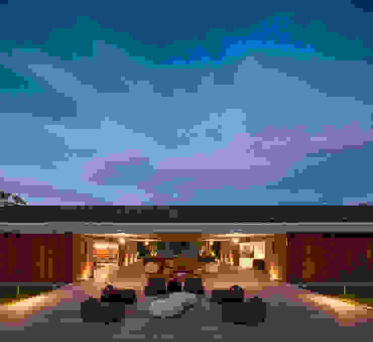 Varandas, marquises e terraços modernos por Studio MK27 Moderno