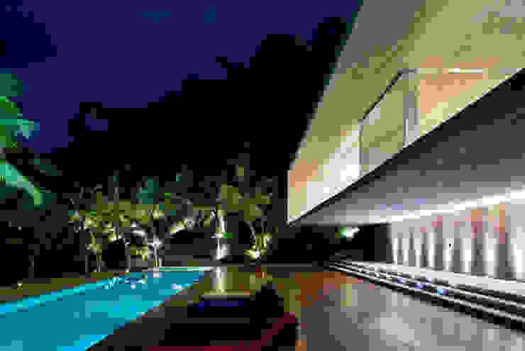 Studio MK27 Modern Houses