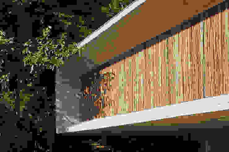 Rumah Modern Oleh Studio MK27 Modern