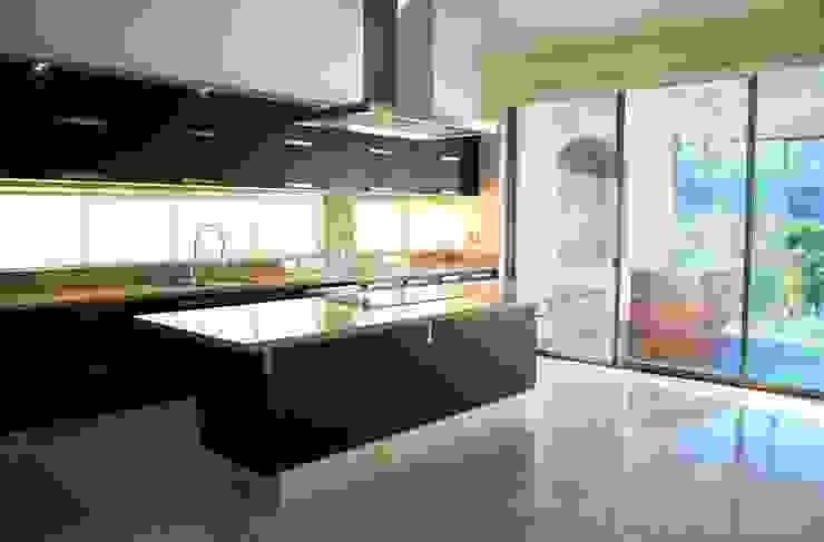 Casa Colomos Cocinas clásicas de Excelencia en Diseño Clásico