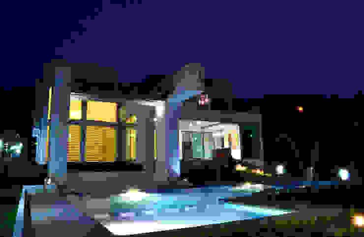 Casa Colomos Albercas clásicas de Excelencia en Diseño Clásico