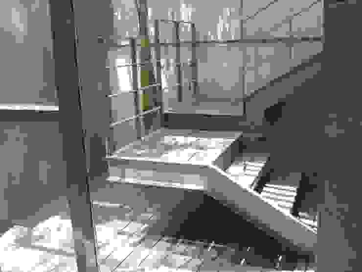 Edificio de departamentos en Seneca (Polanco) de Shimada Flooring Moderno