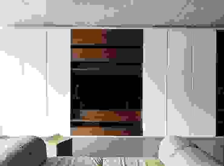 Salas de estilo moderno de HYLA Architects Moderno