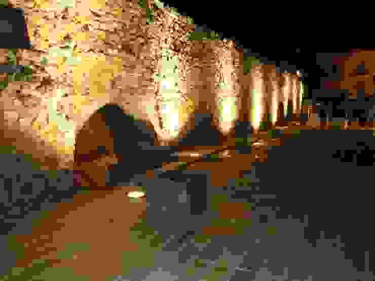 Muralla y Acueducto en plaza de Avendaño. Segovia Museos de Ear arquitectura