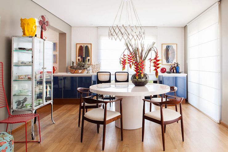 Dining room by Mauricio Arruda Design