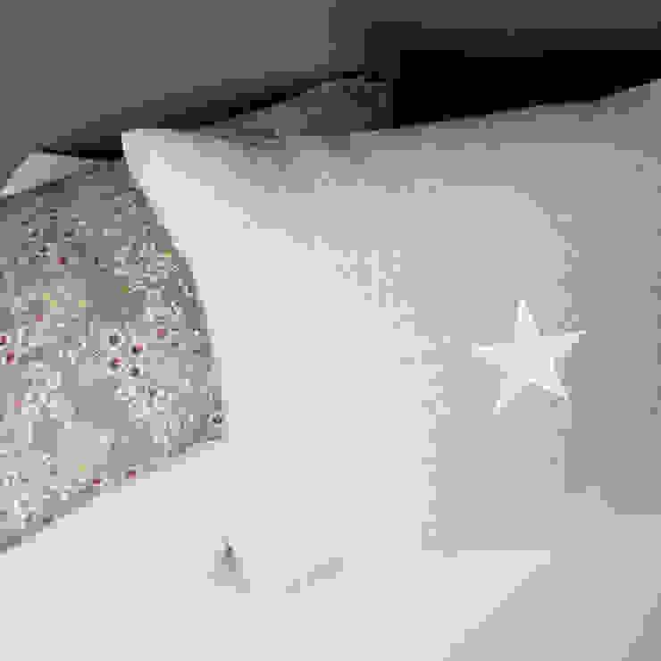 Coussins double face étoile par Gris Pastel