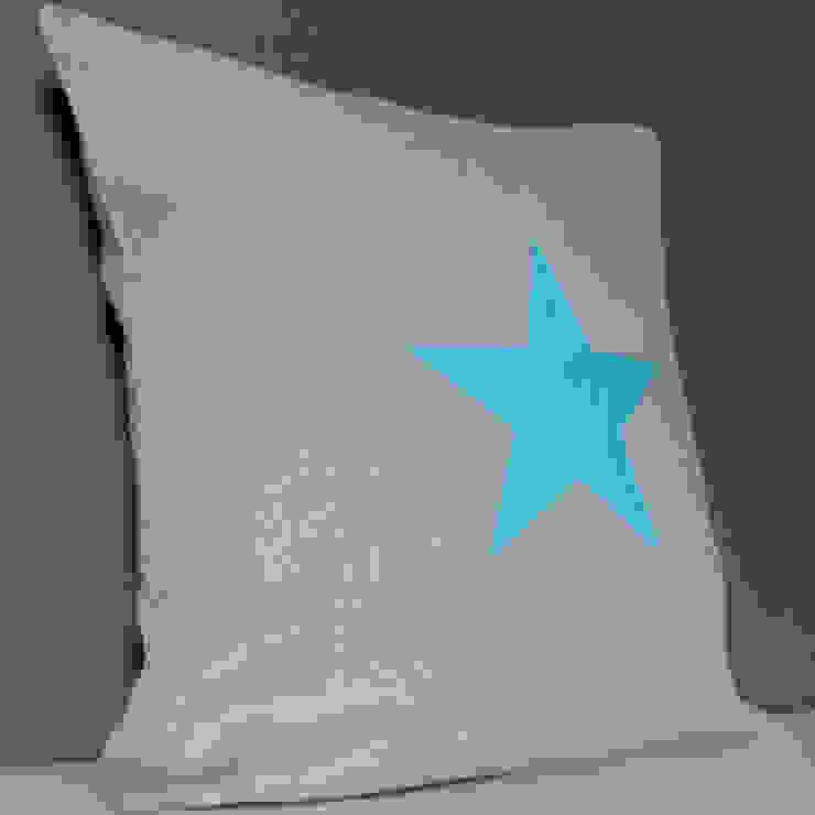Coussin étoile en lin gris par Gris Pastel
