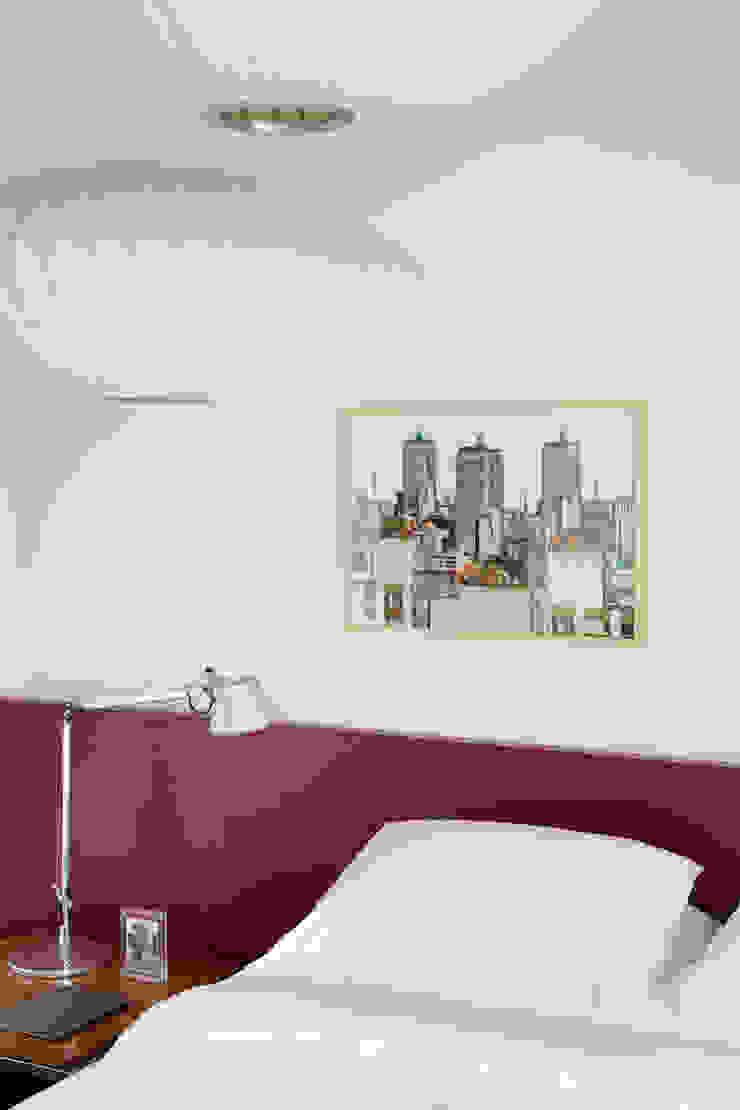 Ausgefallene Schlafzimmer von Mauricio Arruda Design Ausgefallen